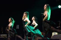 Irlandzcy tancerze wykonują przy muzyka na żywo klubem MI 16-03-2018 Obraz Stock