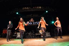 Irlandzcy tancerze wykonują przy muzyka na żywo klubem MI 16-03-2018 Zdjęcia Stock