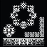 Irlandzki celt deseniuje, supła, i warkocze na czerni ilustracja wektor