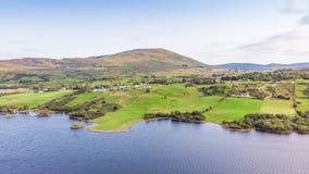 Irlandzkie łąki w Connemara zdjęcia royalty free