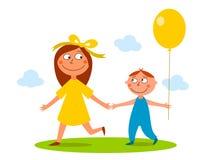 Irmão e irmã que têm uma caminhada Imagem de Stock
