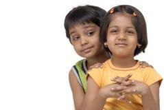 Irmão gémeo e irmã imagens de stock