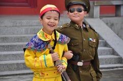 Irmãos asiáticos Fotografia de Stock