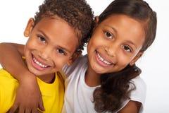 Irmãos felizes Fotos de Stock Royalty Free