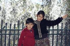 Irmãos felizes Imagens de Stock Royalty Free