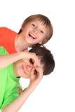 Irmãos novos felizes imagem de stock royalty free