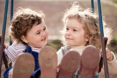 Irmãs gêmeas Imagem de Stock Royalty Free