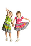 Irmãs que prendem as mãos Foto de Stock