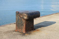 Iron dock cleat Royalty Free Stock Photos