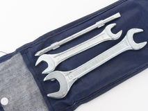 iron hjälpmedelhjälpmedelskiftnyckeln Royaltyfri Fotografi
