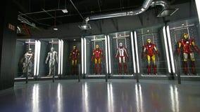 Iron Man-Kostüme an der Tony Stark-Basis stockfotografie