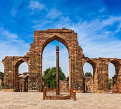 Iron pillar in Qutub complex Royalty Free Stock Images