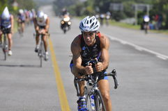 Ironman südafrikanischer Radfahrer Stockfotografie