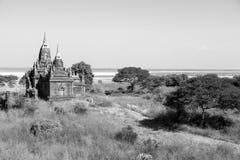 Irrawaddy rzeka z pagodami w Bagan, Myanmar Zdjęcia Stock