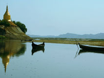 irrawaddy visad lawkanandapagodaflod Royaltyfria Foton