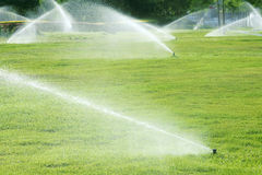 Irrigação do jardim Fotos de Stock Royalty Free