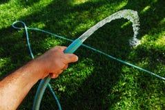 Irrigación del jardín Imagen de archivo libre de regalías