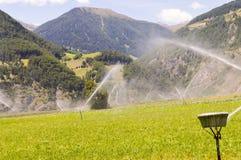 Irrigazione automatica dei campi del raccolto Fotografia Stock Libera da Diritti