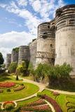Irrite le château et le jardin Photos stock