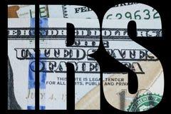 IRS, amerikanischer Geld-Makroabschluß oben von Ben Franklin-` s Gesicht auf dem Dollarschein US 100 Stockbild
