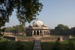 ISA KHAN ' S-GRAVVALV, NEW DELHI, INDIEN Arkivbilder