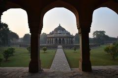 Isa Khan Tomb New Delhi, Indien arkivbilder