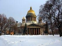 Isaac Cathedral en invierno Fotos de archivo