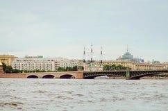 -Isaac, die Nacht von St Petersburg Reise zu den sch?nen Pl?tzen stockfotografie
