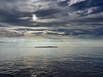 Isaland και σύννεφα Στοκ Φωτογραφία