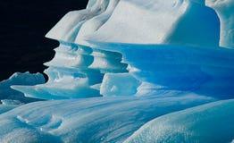 Isberg i vattnet, glaciären Perito Moreno arenaceous Royaltyfri Bild