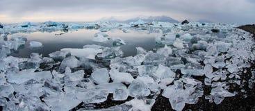 Isberg på glaciärlagun Royaltyfri Foto
