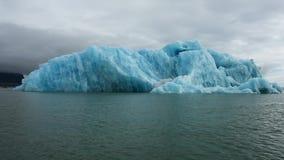Isberg på jokulsarlon arkivfilmer