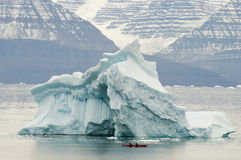 Isberg - Scoresby ljud - Grönland Royaltyfria Bilder