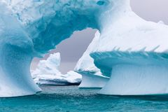 Isbildande i Antarktis Precis utöver Gerlache är svårigheter Royaltyfria Bilder