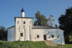 Isborsk。圣尼古拉斯教会  库存照片