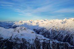 Ischgl奥地利滑雪胜地的全景 免版税库存照片