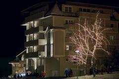 Ischgl, Österreich - 28. Dezember 2017: Ischgl, Österreich in einer Winter-Nacht Lizenzfreie Stockfotos