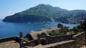 Ischia från den Aragonese slotten Arkivbilder