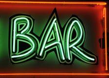 Iscrizione al neon verde Fotografie Stock