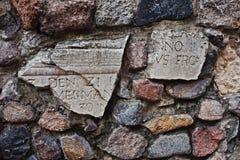 Iscrizione antica sulla parete Fotografia Stock Libera da Diritti