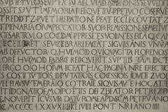 Iscrizione del cattolico del Latino medioevale Immagini Stock Libere da Diritti
