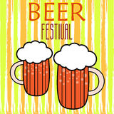 Iscrizione di Handdrawin per la casa della birra con la tazza della birra del mestiere Manifesto della fabbrica di birra Immagine Stock