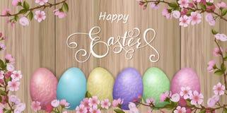 Iscrizione felice di Pasqua, pan di zenzero sotto forma di uova Feste della primavera, fondo di Pasqua Immagini Stock