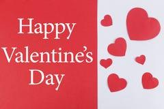 Iscrizione: Giorno felice del ` ss del biglietto di S. Valentino su fondo diviso con i cuori Fotografia Stock