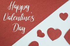 Iscrizione: Giorno felice del ` ss del biglietto di S. Valentino su fondo diviso con i cuori Immagine Stock Libera da Diritti