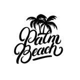 Iscrizione scritta mano del Palm Beach con le palme Fotografia Stock Libera da Diritti