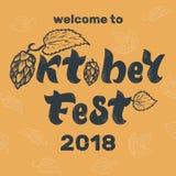 Iscrizione scritta a mano di Oktoberfest 2018 con le speranze Benvenuto all'approvazione royalty illustrazione gratis
