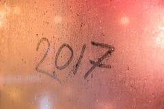 iscrizione 2017 sul vetro di finestra pieno di vapore Fotografia Stock