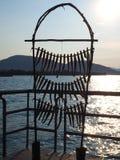 Iseo, Brescia, Włochy Kopia tradycyjna ryba rama używać suszyć ryba zdjęcia stock
