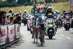 Iseo, Włochy Maj 23, 2018: Grupa fachowi cykliści podróżuje ostatniego podołek trasa przed przyjazdem obrazy stock